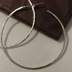 Jewelry - NEW -  925  🏷Chiseled Hoops